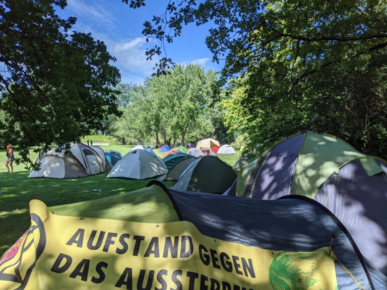 Zelte im Camp Klimazone Berlin
